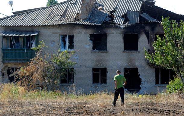 Месяц без света и воды: в Луганске не прекращаются обстрелы