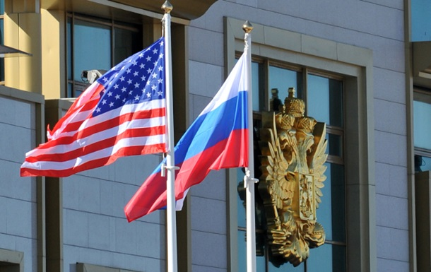 США ввели санкции против Сбербанка, Роснефти, Газпрома и Лукойла