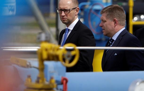 Премьер Словакии предрек Украине  абсолютный распад  – СМИ