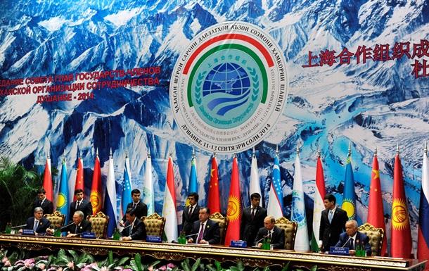 Китай предложил Таджикистану новые условия сотрудничества