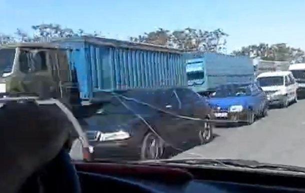Пробка на въезде в Крым растянулась на 14 километров
