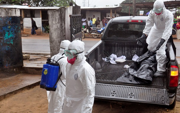 Президент Либерии призывает мировое сообщество помочь в борьбе с вирусом Эбола