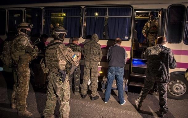 За время перемирия на Донбассе освобождены 20% пленных военнослужащих – Семенченко