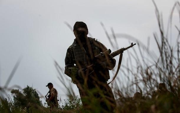 За сутки в зоне АТО погиб украинский военный, семеро ранены