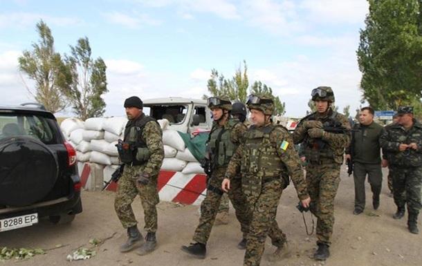 Турчинов: В Мариуполе построят вал, через который не пройдет ни один танк