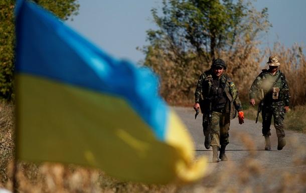 Обзор зарубежных СМИ: пикирование рубля, мутация Эболы и кровавая цена Украины