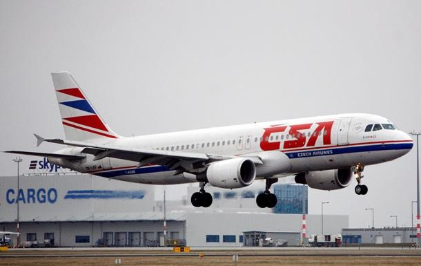Czech Airlines уволит 36% работников из-за кризиса в Украине