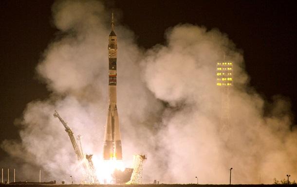 Космический корабль с первой за 20 лет россиянкой на борту пристыковался к МКС