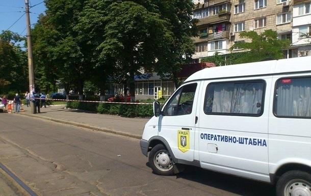 В Киеве из-за угрозы взрыва закрыли станцию Сырец