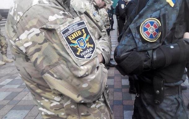 В Киеве на блокпосту задержали машину с боеприпасами