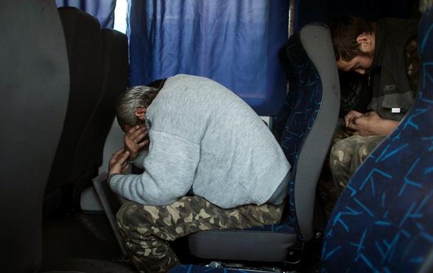 Как под Донецком меняли 60 пленных сепаратистов на 30 силовиков