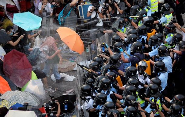 Революция зонтиков. Протесты в Гонконге усилились после попытки разгона
