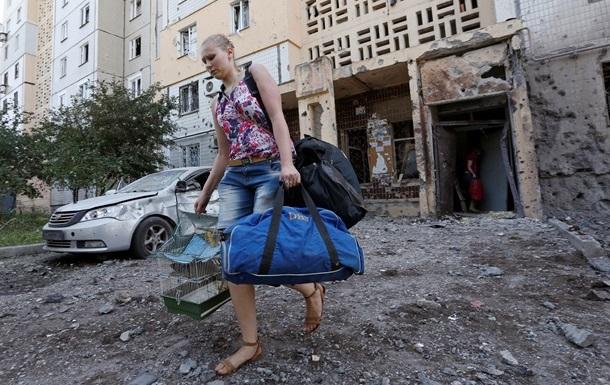 Сутки в Донецке: разрушены дома, 50 улиц остаются без газа