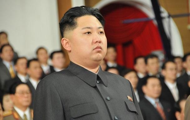 Ким Чен Ун перенес сложную операцию - СМИ