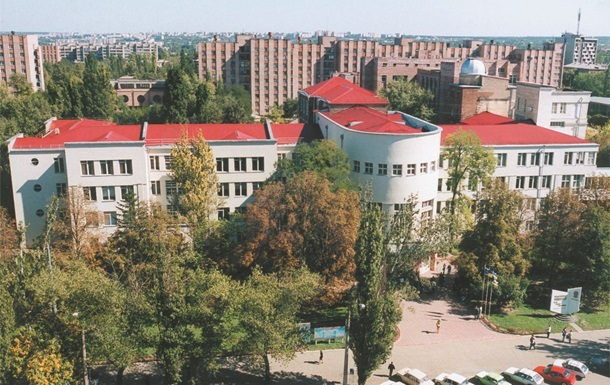 Минобразования выводит из Донбасса все вузы