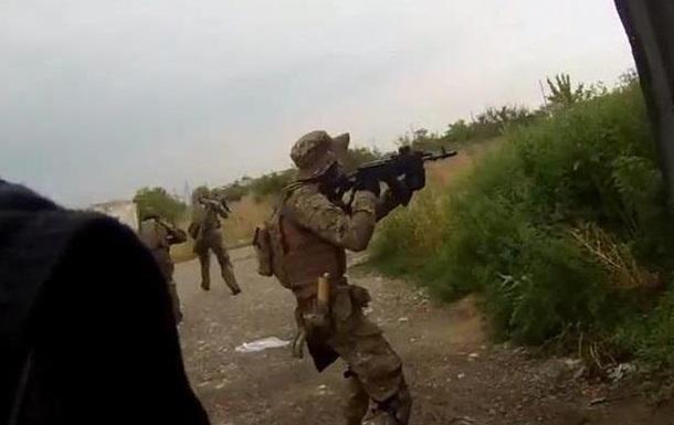 От первого лица: батальон Азов показал, как ходил в разведку под Иловайском