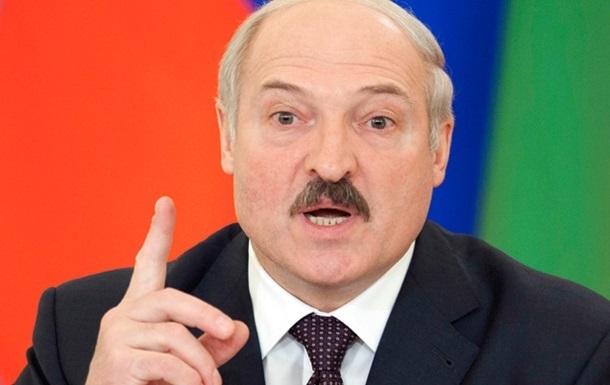 Лукашенко готов послать миротворческие войска в Украину
