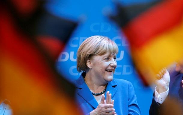 Меркель предостерегла Россию от вмешательства в политику других стран