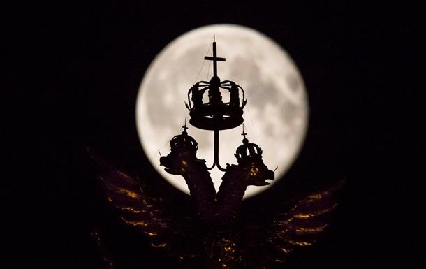 Россия перенесла старт новой лунной программы на два года вперед