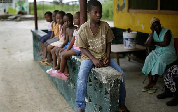 Француженку вылечили от Эболы