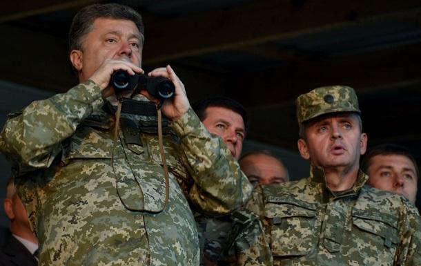 Порошенко посетовал на то, что сепаратисты не платят за электроэнергию