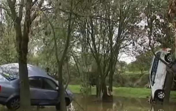 В результате наводнения затоплен город во Франции