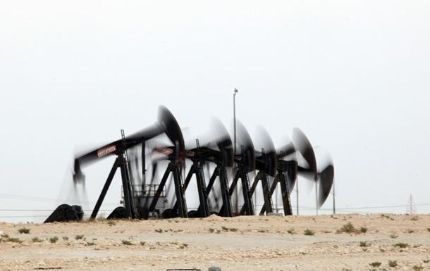 Нефть подешевела до минимума с апреля 2013 года