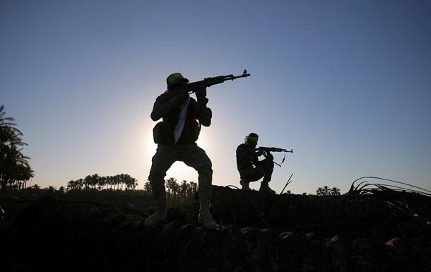 Позиции боевиков Исламского государства атаковали самолеты США