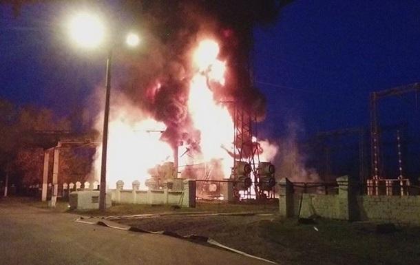 В городе Счастье в результате обстрела произошел пожар на Луганской ТЭС