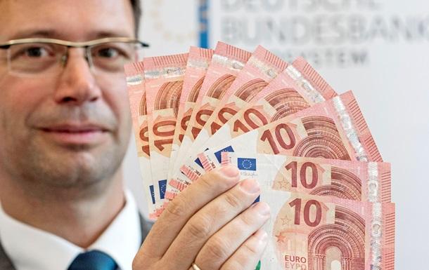 Deutsche Bank: В 2017 году курс евро упадет ниже паритета к доллару
