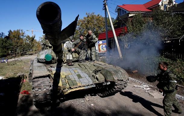 Украинцы больше всего боятся нападения внешнего врага и роста цен