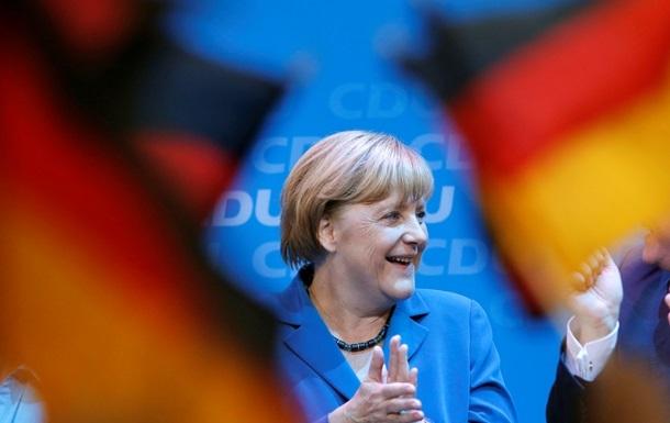 Меркель призвала НАТО не уходить из Афганистана