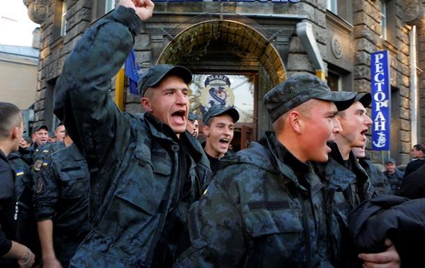 Итоги 13 октября: Митинг солдат-срочников Нацгвардии, покушение на Губарева