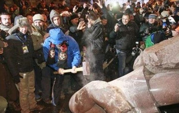 Масове повалення пам ятників Леніну: героїзм чи Донкіхотство?