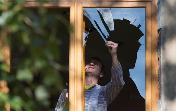 Жители Славянска требуют помощи на восстановление жилья