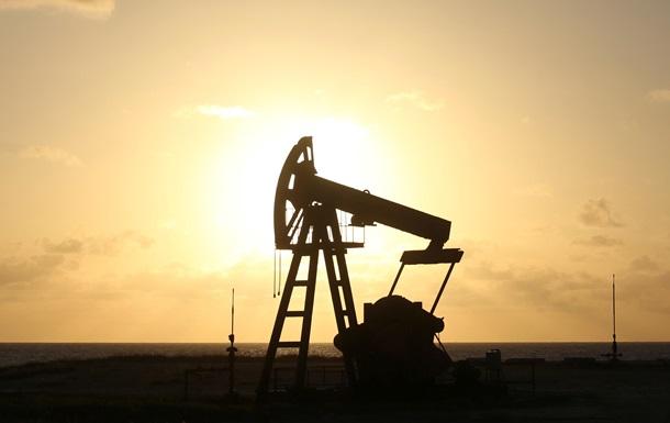 Цена нефти стремительно падает