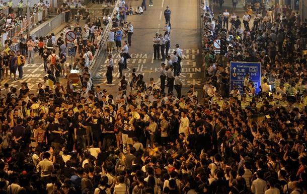 Госдеп призывает протестующих в Гонконге выражать свои взгляды мирным путем