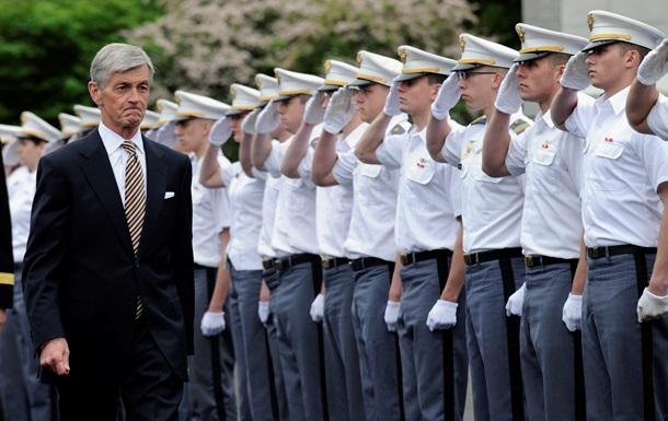 Министр армии США: Мы – самая мощная военная держава в истории