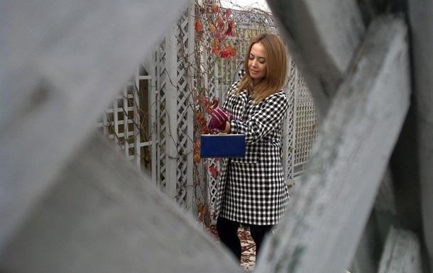 Певица Жанна Фриске вернулась в Москву, пройдя лечение от рака в Китае