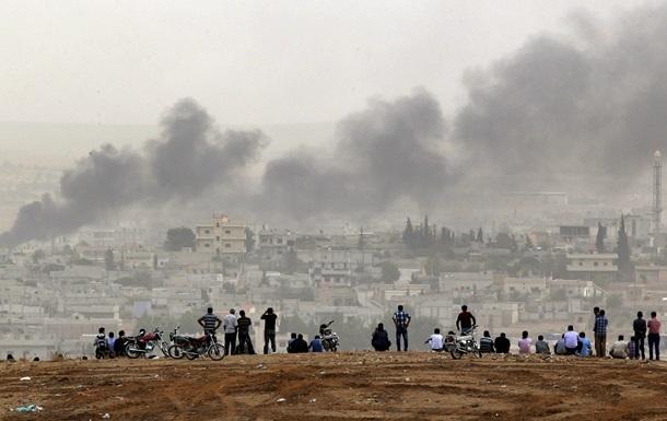 Самолеты США сбросили оружие курдам у города Кобани