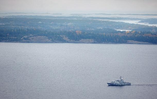 Голландия: Это не наша субмарина в шведских водах