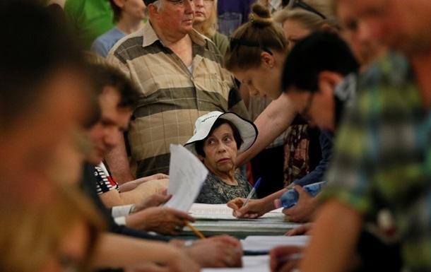 Голосование в трех районах Луганской областипросят перенести