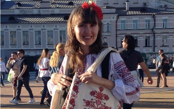 Сколько украинцы переплачивают за национальную символику на одежде