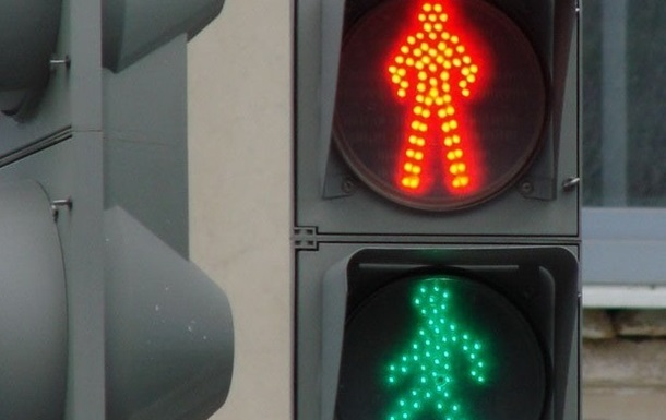 В Киеве светофоры для пешеходов переведут в ручной режим работы