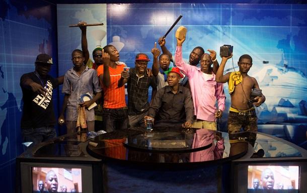 Черная весна  в Буркина-Фасо: президента свергли через 27 лет