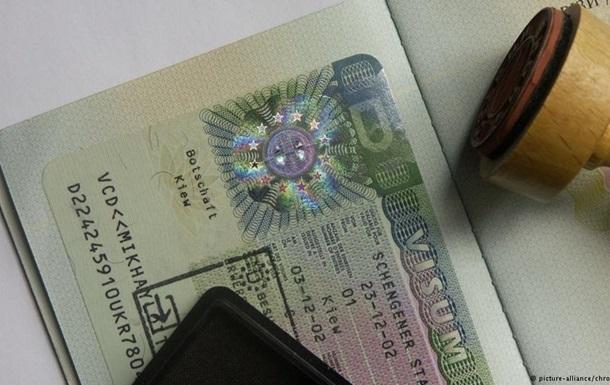 В России зафиксирован крупнейший за 14 лет всплеск эмиграции