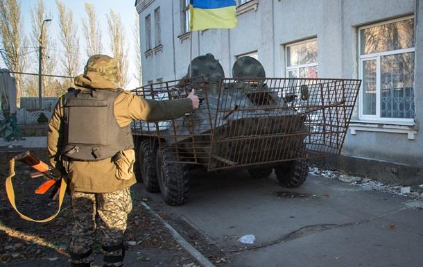 Нацгвардия заявляет о полном обеспечении военных в зоне АТО зимней одеждой