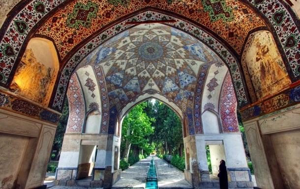 Деревня троглодитов и замок ассасинов: 5 мест Ирана, о которых вы не знали