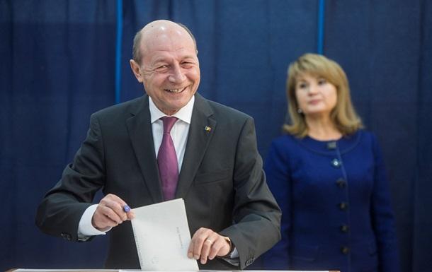 Премьер Румынии лидирует на президентских выборах