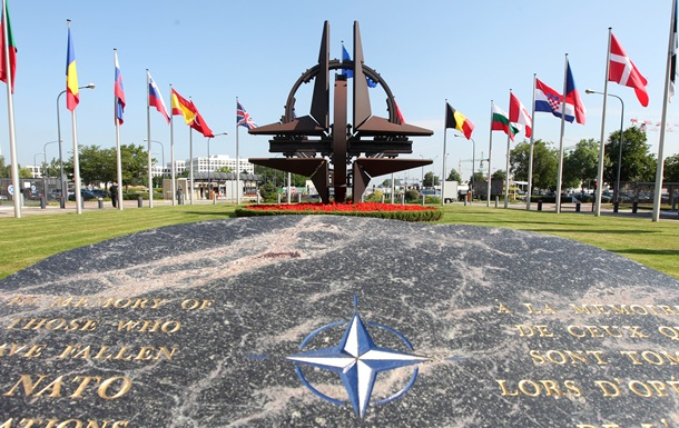 НАТО заявляет о  более глубоких  вторжениях ВВС России в воздух Европы